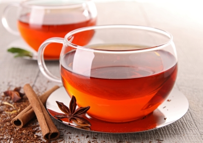 Dry, Itchy Scalp? A Red Tea Rinse Might Help…